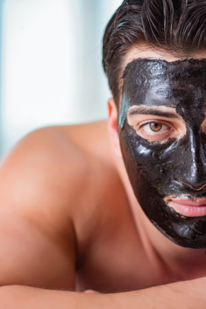 activated charcoal scrubmask